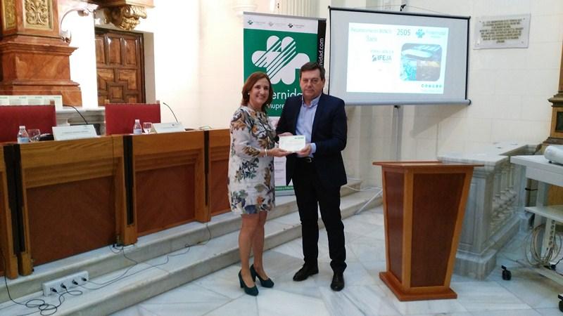 imag1 4135 - Fraternidad-Muprespa entrega a Ferias Jaén el Bonus 2014