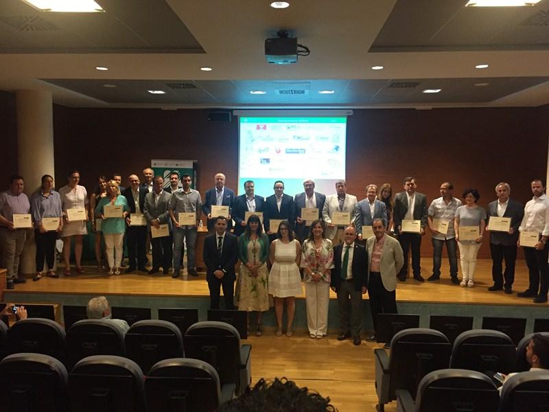 imag1 4527 - Fraternidad-Muprespa entrega a Ferias Jaén los Bonus 2015 y 2016